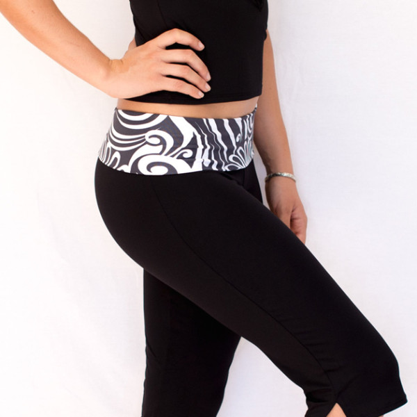 Straight Leg Capri Black Band